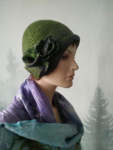 Filc czapka zielona